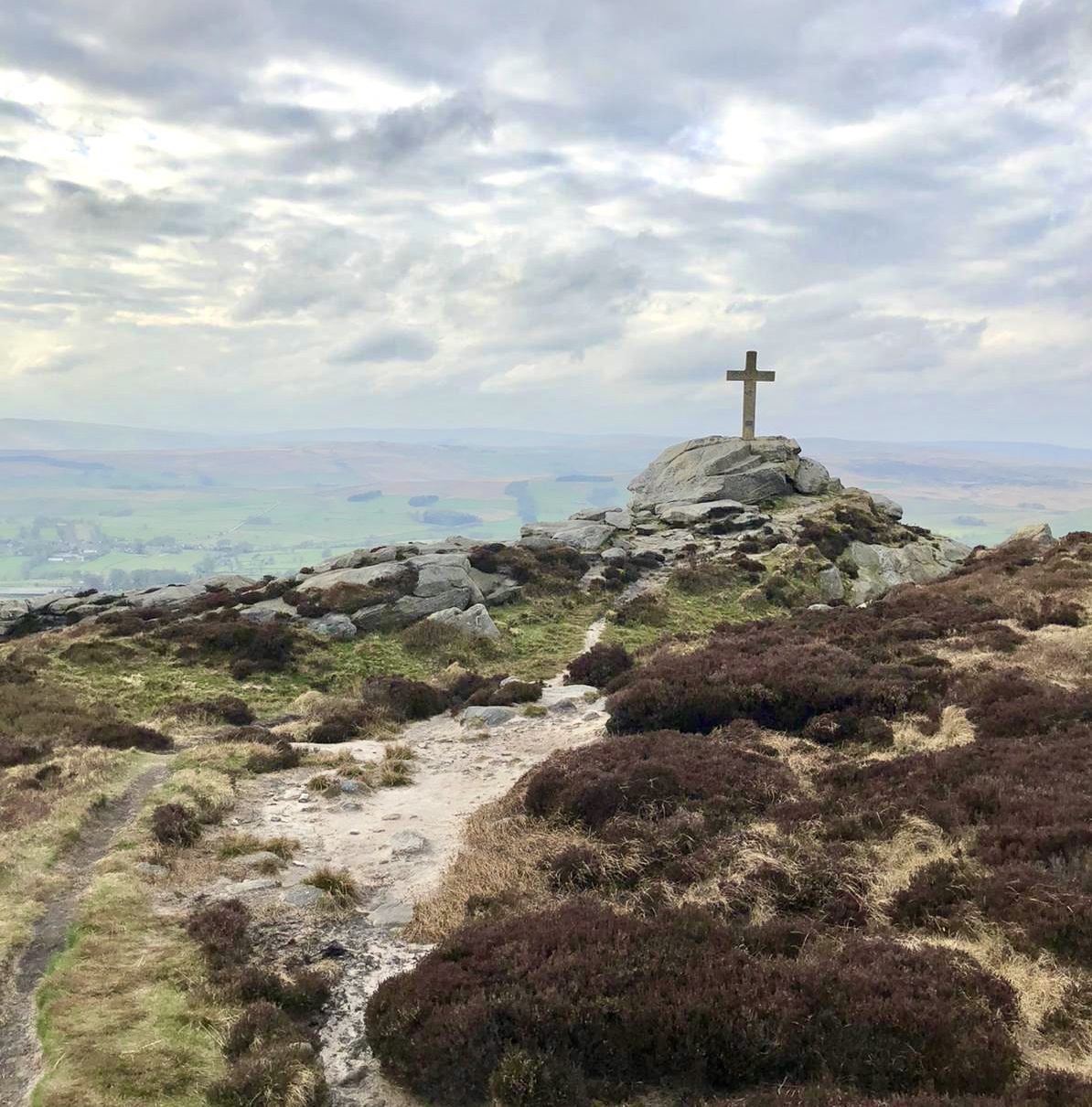 Rylestone Cross